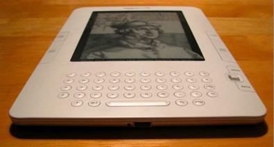 Kindle2-2.030409.Jpg